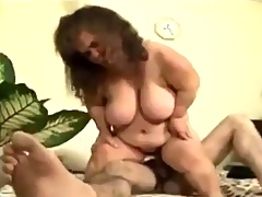 Mature fat Midget gets some Action