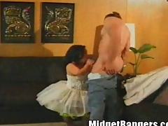 Bridget rub-down the Midget Fucks Her Innovative Driver